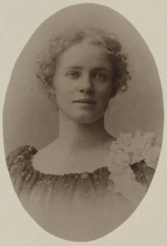 Alice_Eugenie_du_Pont_Ortiz_18761940